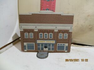 THE CAT'S MEOW VILLAGE - THE EVERETT THEATRE , MIDDLETOWN , DELAWARE 1992