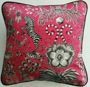 Emma J Shipley KRUGER MAGENTA cushion cover 41cm x 41cm (#3)