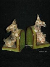 +# A002911_07 Goebel Archiv Muster Wilhelmsfeld Buchstützen Hund Dog Terrier