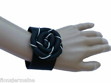 Excellentes edles Damen Designer Armband Kautschukarmband Schwarz Lagenlook