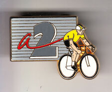 RARE PINS PIN'S .. TV RADIO PRESSE A2 VELO CYCLISME TOUR DE FRANCE ARTHUS B. ~CK
