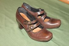 CLARKS ARTISAN BROWN LEATHER DOUBLE STRAP MARY JANE HEELS WOMEN'S SZ 8 1/2M