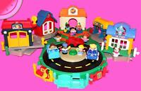 LOT Fisher Price LITTLE PEOPLE Discovery Village / Police Station / Pet Store