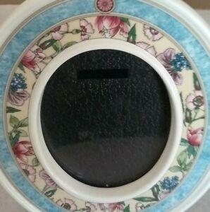 Wedgwood Red Rose & Green Oval Bone China Photo Frame England Vintage 4.75 x 4''