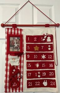 Advent Christmas Calendar Red White Fabric Wall Hanging with Pockets Photo Frame