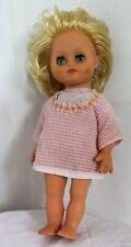 """Mini vestido Pretty Vintage Década de 1960 Muñeca En Rosa, alto 10"""", cerrando los ojos, de pelo suave"""