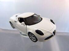 Welly Alfa Romeo 4C in weiß ca 11 cm lang