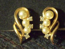 Vintage Gold Tn Open Work Faux Pearl & Rhinestone Clip Earrings Pat # 1967965