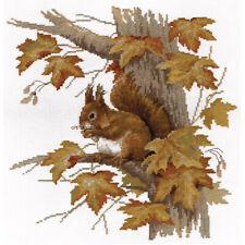 Panna Cross Stitch Kit : Autumn Squirrel