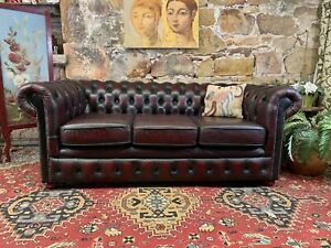 Stunning Vintage Chesterfield Leather 3 Seater Lounge Chair~Sofa~Burgundy