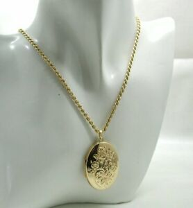 Lovely 9 carat Gold Engraved Locket And Chain