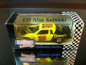 Alan Kulwicki #35 Quincy's 1986 Ford Thunderbird 1:64 RCCA Legend Series