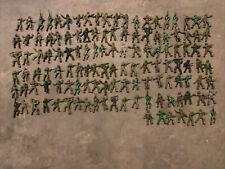 VINTAGE LIDO PLASTIC U.S. ARMY SOLDIERS FIGURES 127 Total, Green Colored