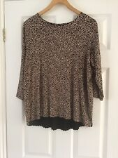 Ladies Camel Mix Top. M & S. Collection Size 16.Camel/Black. Pleated on Back.