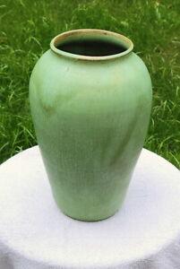 """Vintage Royal Crown North Carolina Pottery Hand-Made Matt Green Floor Vase 11"""""""
