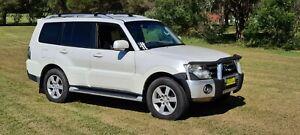 Mitsubishi Pajero 3.2 turbo diesel, 4wd 4x4  no offroad, top of range, 7 seatet