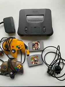 Nintendo N64 Bundle, Console, 2 x Games, 2 x Controllers.
