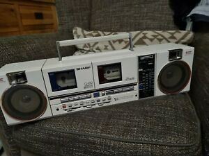 VINTAGE SHARP QT89 CASSETTE RADIO BOOMBOX