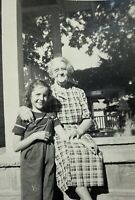 Little Girl With Grandma Vintage  Found Photograph Picture Black & White 1940's