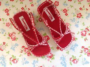 NEW⭐️SKECHERS SKETCHERS⭐️Somethin' Else⭐️Red Gingham Sandal Wedge Shoe