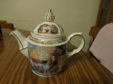 "Sadler The History of Tea "" World of Tea "" 2 cup Teapot with gold trim"