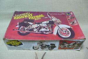 Revell Harley-Davidson, Inc. California Highway Patrol Bike 1/8 Model Kit #15395