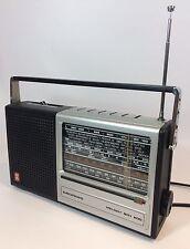 VINTAGE Grundig Melody BOY 600 radio in ottime condizioni anni 1970 Retrò