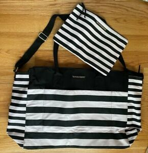 Victoria's Secret Weekender Overnight Beach Bag with Matching Small Makeup Pouch