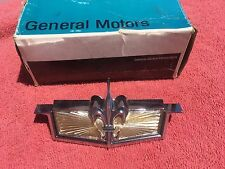 1976 Chevrolet Caprice NOS Radiator Grill Header Panel Hood Emblem Crest Trim