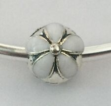 White DAISY Flower Clip Stopper Charm For European Bracelets Silver Plated