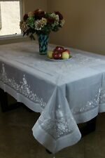 Grant Linen Embroidered Tablecloths