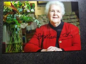 STEPHANIE COLE Authentic Hand Signed Autograph 4X6 Photo - ENGLISH ACTRESS
