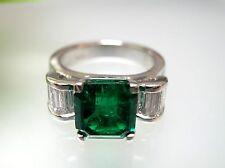 Exclusive 3.28 ct nature Colombian Emerald Platinum Emerald cut Ring  VS, F Dia.
