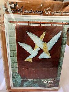 NEW PHENTEX Hook & Hang Latch Kit Doves Birds 50/11 Vintage 1981