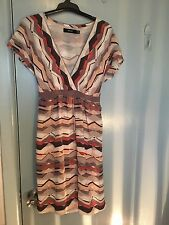 Marcs silk dress in geometric patterns in size 8