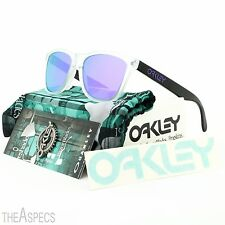 Oakley Heritage Frogskins Sunglasses OO9013 24-419 Matte Clear / Violet Iridium
