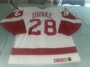 NWOT Adult 48 Authentic CCM Detroit Red Wings Dallas Drake Jersey 1993 Cup Patch
