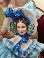 FLOWERS OF LOVE SERIES HN3700 FORGET ME KNOTS ROYAL DOULTON EXQUISITE & ELEGANT