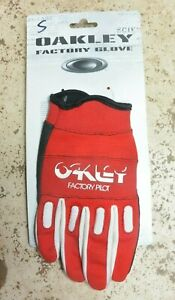 Brand new Oakley Factory Pilot bike bicycle cycling full finger gloves Small Red