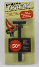 Vintage Gillette TRAC 2 Demonstrator Twin Blade Cartridge Razor 1976  (White)