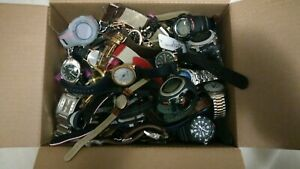 Large mixed watch lot 16 pounds.