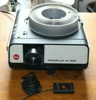 LEITZ Pradolux RT-300 slide projector with remote