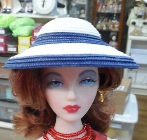 """NEW CL 26 RESIN FOR GENE 16""""  FASHION   HAT FORM MOLD HEAD"""