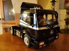 Otto 1/18 Resina - Mercedes Benz 1748 camion tractora truck(pequeño defecto)
