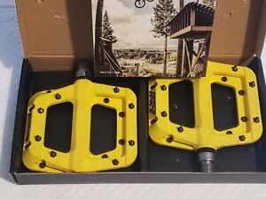 Race Face Chester Composite Platform Pedals Yellow 2 Pack