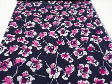 Stoff 100% Viskose Blusenstoff Blumen marine pink fuchsia weiß Kleiderstoff