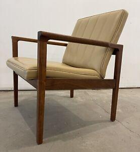 Mid Century Modern MCM Vintage Eames Era Retro Danish Teak Chair