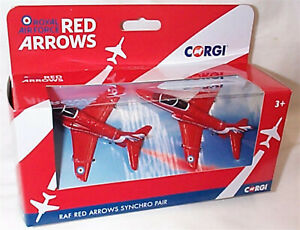 Corgi Showcase CS90687 RAF Red Arrows Synchro Pair New in Box