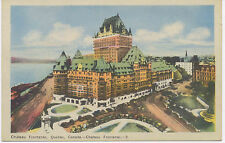 "Canada ca. 1930/40, very fine mint coloured postcard ""Château Frontenac, Quebec"""