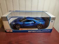 Maisto 2017 Ford GT 1:18 Scale Diecast Model Car Blue